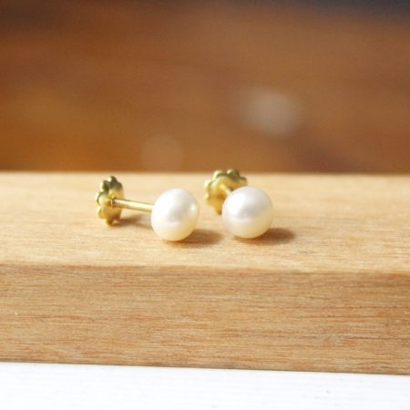 Pendiente perla oro