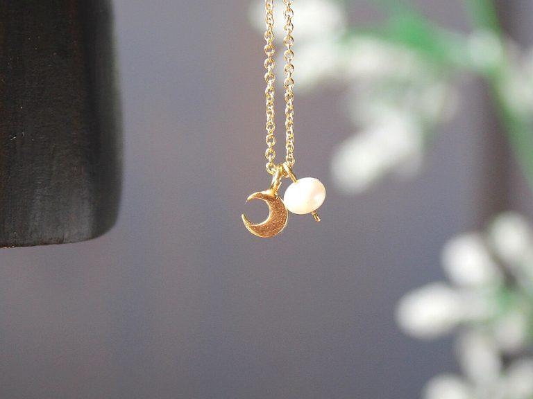 Colgante luna oro perla