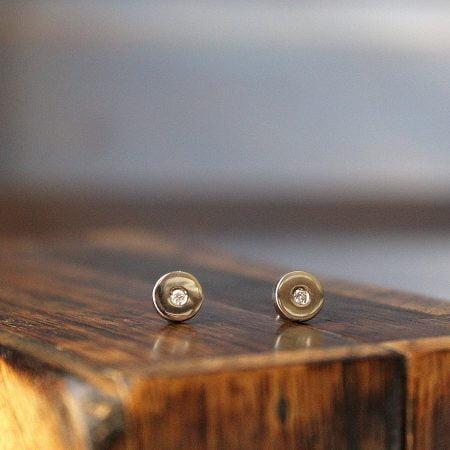 Pendiente Button Diamante pequeño