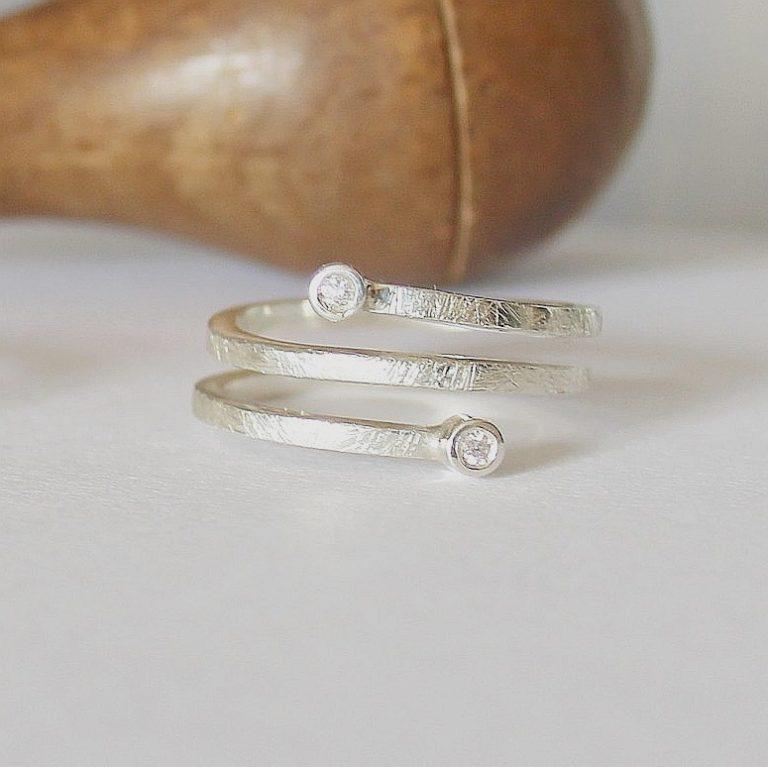 Anillo Vinyet Plata y Diamante