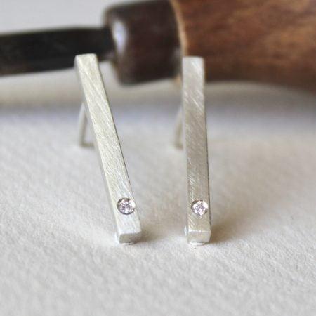 Pendientes Nara Diamante y Plata pequeño